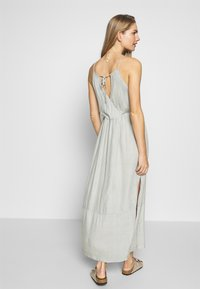 O'Neill - CHRISSY STRAPPY DRESS - Complementos de playa - green/white - 2