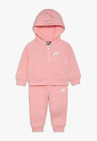Nike Sportswear - PANT BABY SET - Träningsset - echo pink - 0