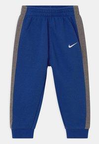 Nike Sportswear - SET - Tracksuit - game royal - 2