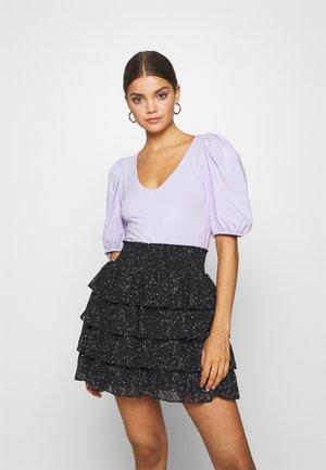 MALENA - Basic T-shirt - lilac