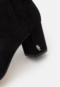 Kurt Geiger London - BURLINGTON - Kotníková obuv - black - 6
