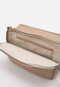Marks & Spencer London - CASUAL CAMERA BAG - Across body bag - caramel - 2