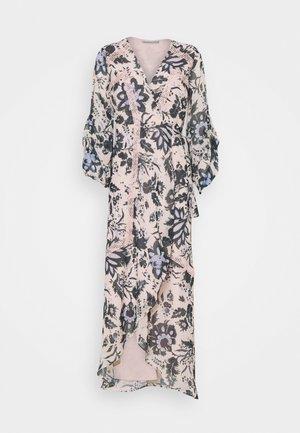 TILDA - Suknia balowa - pink