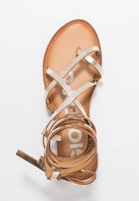 Gioseppo - CLAVERACK - T-bar sandals - oro - 3