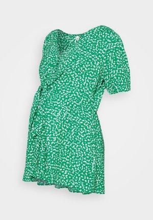 ERIKA - Bluser - green