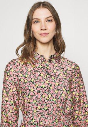 VMELLIE DRESS  - Shirt dress - geranium pink