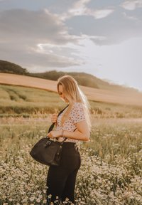 Gusti Leder - dark brown - Handbag - black - 0
