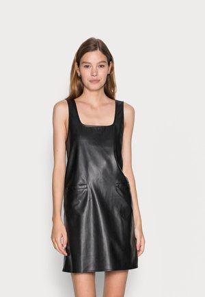NMMILEY PINAFORE DRESS - Shift dress - black