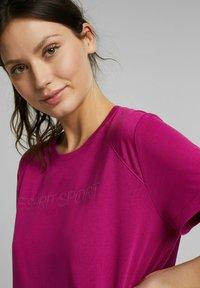 Esprit Sports - MIT LOGO-PRINT - Print T-shirt - pink - 3