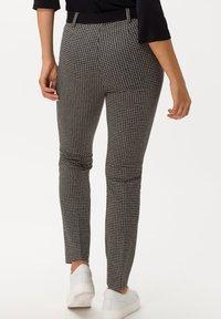 BRAX - STYLE LILLYTH - Trousers - black - 1