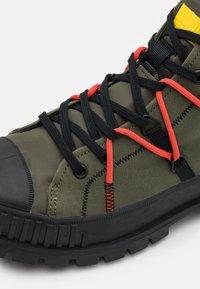 Palladium - PALLASHOCK RE-CRAFT UNISEX - Lace-up ankle boots - olive night - 5