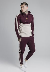 SIKSILK - CUT AND SEW OVERHEAD HOODIE - Hoodie - wine/cream - 1