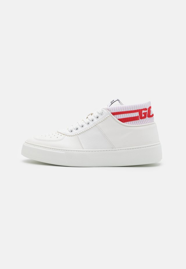BOMBER  - High-top trainers - white