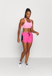 Nike Performance - AIR SHORT - Pantalón corto de deporte - pinksicle/black/black - 1