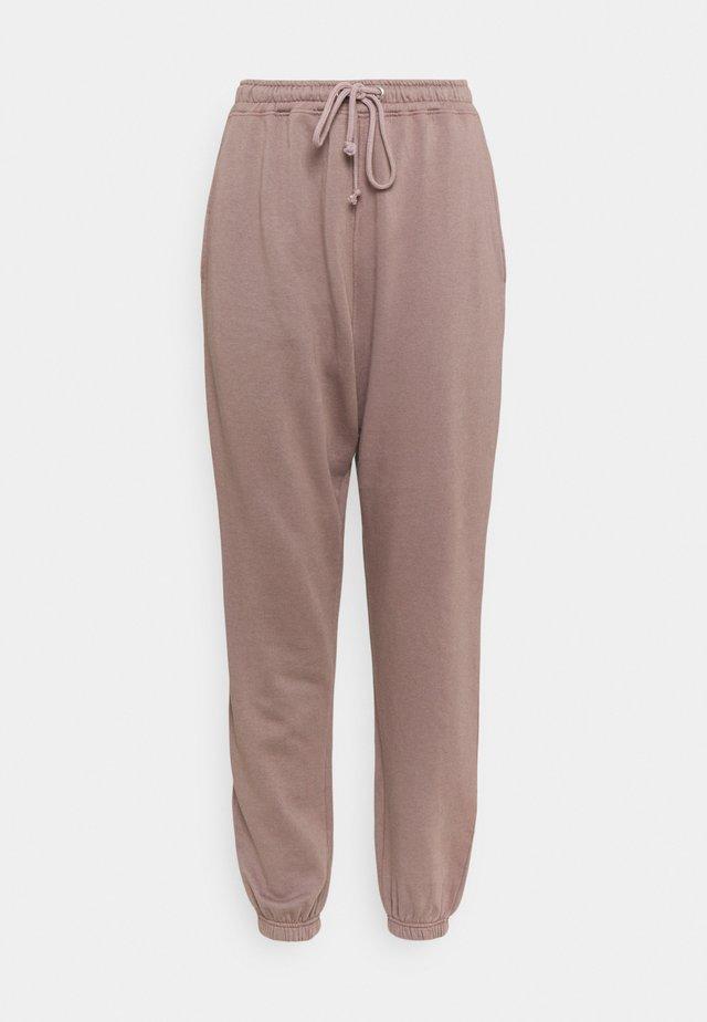 BASIC OVERSIZED - Pantalon de survêtement - brown