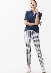 BRAX - STYLE CLEO - Polo shirt - indigo - 1