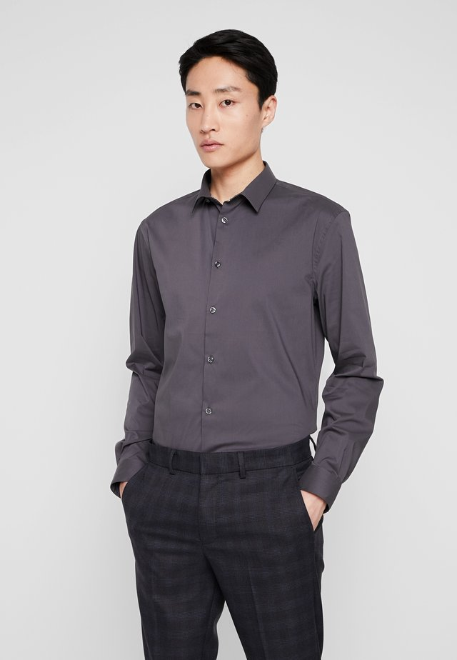 MASANTAL SLIM FIT - Business skjorter - charcoal
