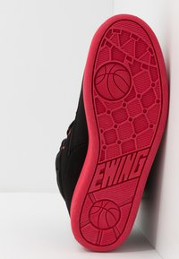 Ewing - 33 HI BASKETBALL - Skate shoes - black /chinese red - 4