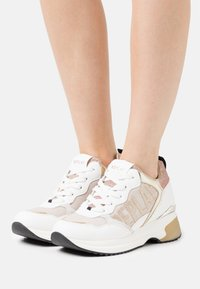 Replay - GIRONA - Sneakersy niskie - white platin - 0