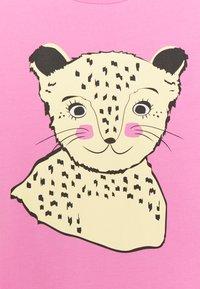 Name it - NKFBEINA - Print T-shirt - fuchsia pink - 2