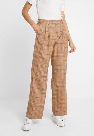 WINDOW PANE CHK PLEATED STL PANT - Trousers - multi