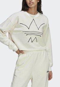 adidas Originals - Sweatshirt - off white mel - 4