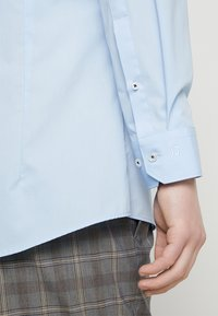 OLYMP - Formal shirt - hellblau - 5