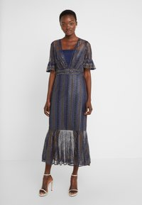 Three Floor - EXCLUSIVE DRESS - Day dress - navy gold - 0