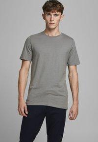 Jack & Jones - T-shirt basique - sedona sage - 0