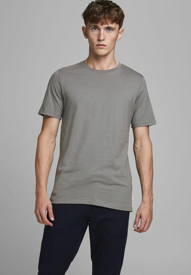 Jack & Jones - T-shirt basique - sedona sage