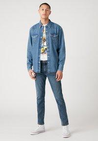 Wrangler - T-shirt imprimé - off white - 1