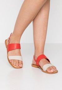Vero Moda - VMSILLO  - Sandals - aurora red - 0
