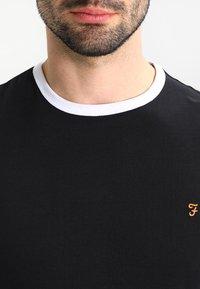 Farah - GROVES - Basic T-shirt - deep black - 4