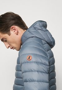 Save the duck - GIGAY - Down jacket - steel blue - 6