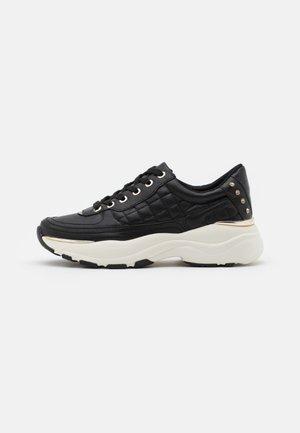 VEGAN SHINE - Sneaker low - black