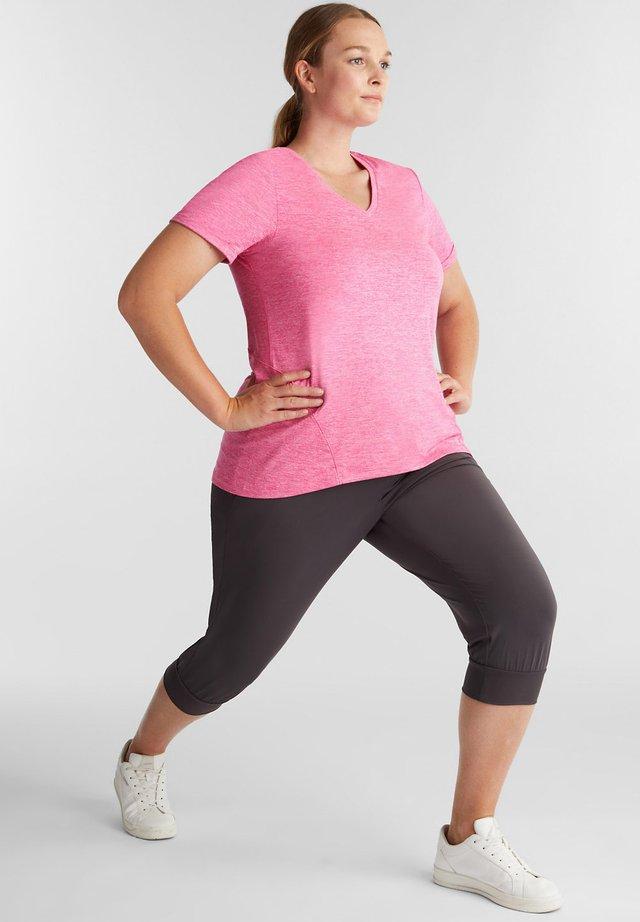 CURVY MELANGE - Basic T-shirt - pink fuchsia