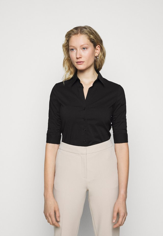 THE ESSENTIAL BLOUSE - Overhemdblouse - black