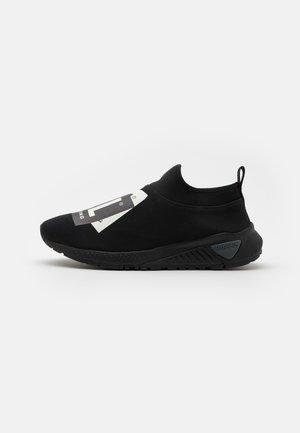 S-KB SL III - Sneakers basse - black