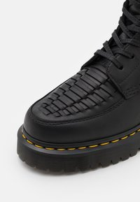 Dr. Martens - 1460 BEX PASCAL 8 EYE BOOT - Lace-up ankle boots - black - 5