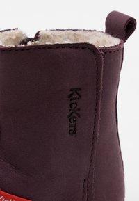 Kickers - SOCOOL CHO UNISEX - Kotníkové boty - violet fonce - 5