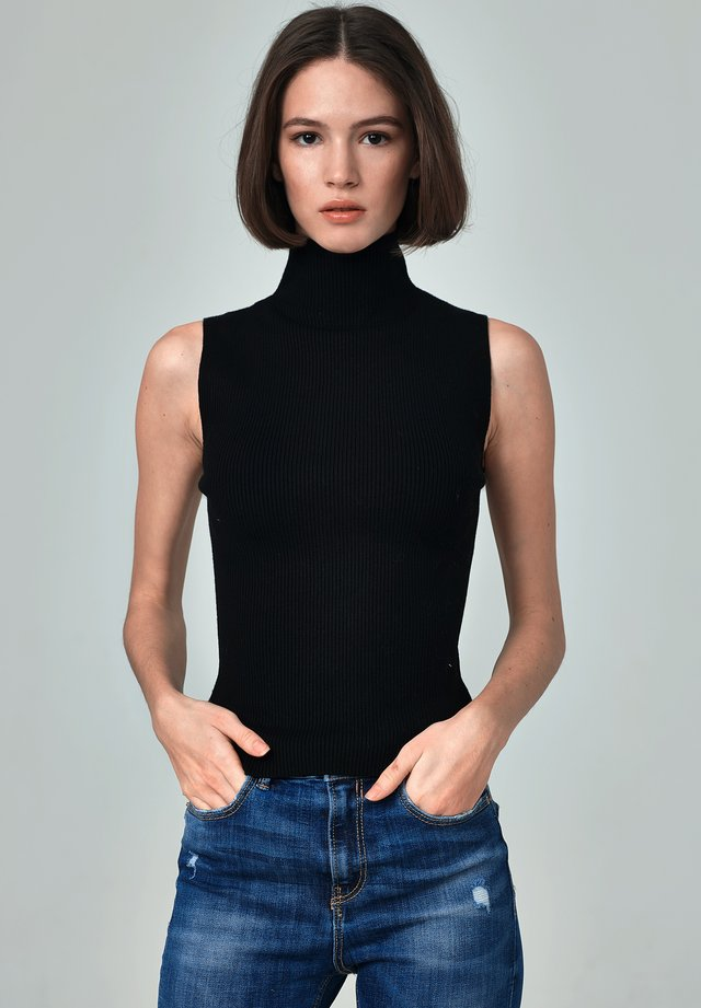 LANA - Stickad tröja - black