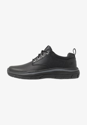 EXPECTED - Chaussures à lacets - black