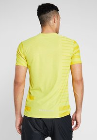 Nike Performance - TECH COOL  - Print T-shirt - volt/dark sulfur/reflective silver - 2