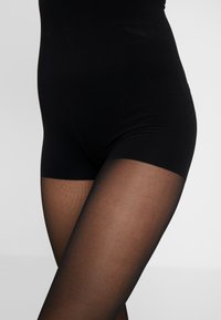 ITEM m6 - 30 DEN WOMAN SHAPE TIGHTS TRANSLUCENT - Tights - black - 3