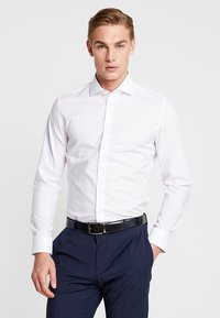 Seidensticker - SLIM SPREAD KENT PATCH - Formal shirt - weiß - 0