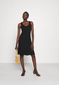 M Missoni - SLEEVELESS DRESS - Jumper dress - black beauty - 1