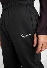 Nike Performance - ACADEMY PANT WINTERIZED - Pantalon de survêtement - black/silver - 5