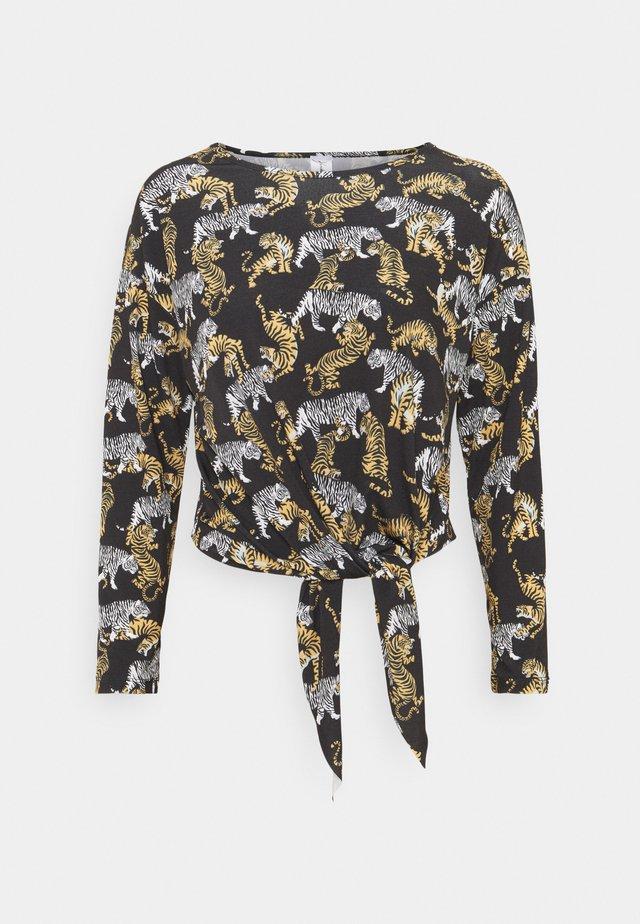 LONGSLEEVE LOOSE FIT TEE - Langærmede T-shirts - lion