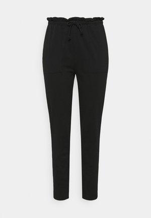 CARZOE LIFE PABERBAG PANT - Trousers - black