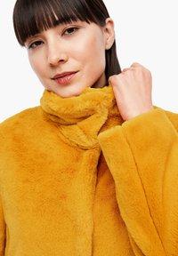 s.Oliver - TEDDY - Winter coat - yellow - 6